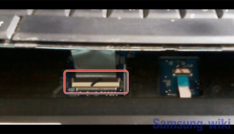 как разобрать ноутбук samsung np305v5a